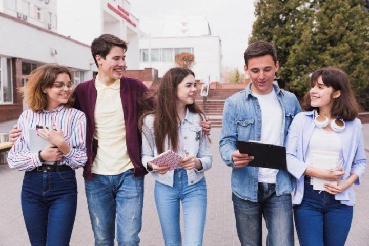 Młodzieżowa Rada Miasta i radykalne zmiany w systemie stypendiów dla uczniów